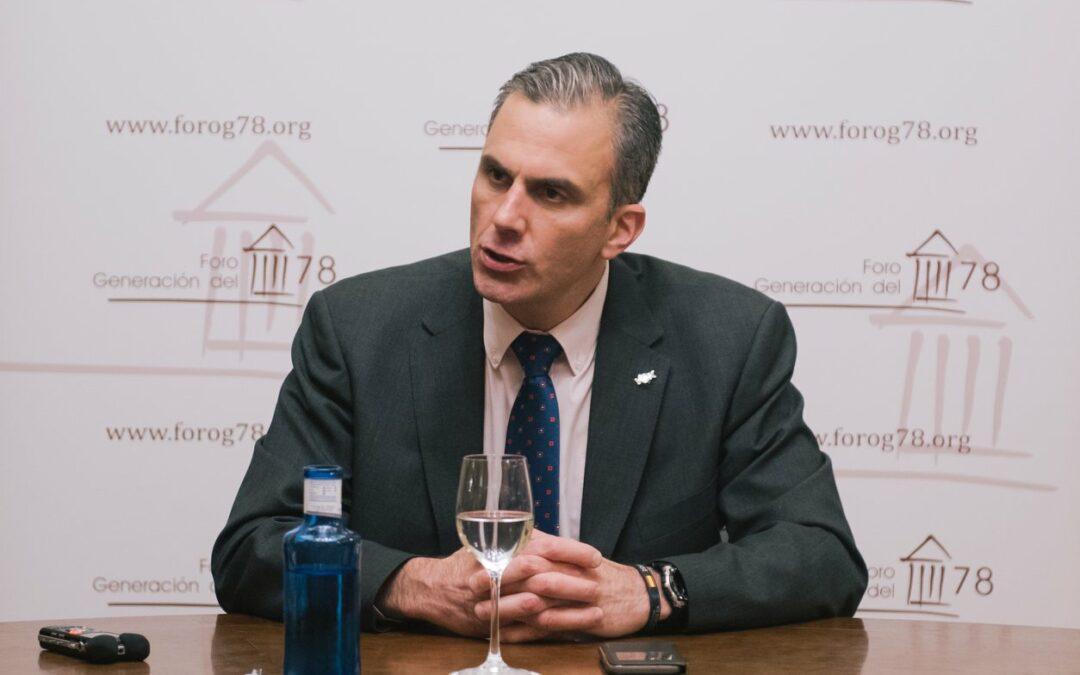 """Javier Ortega-Smith: """"Defendiendo a España desde los tribunales"""""""